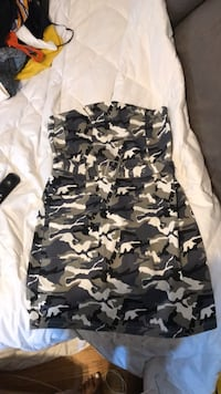 Pretty little thing -  camouflage tube dress