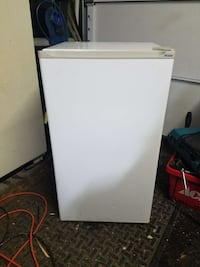 white Haier single door refrigerator Lebanon, 97355