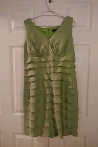 Green knee length dress Cambridge, N1T 1R1