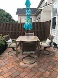 Patio set 4 chairs & table, umbrella and stand Stafford, 22556