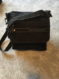 Men's diesel side bag Edmonton, T5N