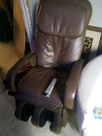 Robotic massage chair  Mississauga, L5H