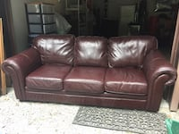 Leather love seat and couch  Burlington, L7P 0N1