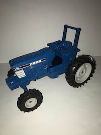 Ertl 1:16 scale diecast tractor (FORD 7710) Mississauga, L4X 1L5