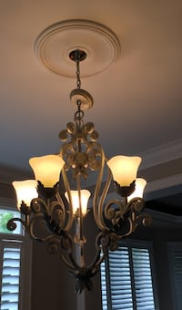 2 Chandeliers. In full working order. Toronto, M9A 3J9
