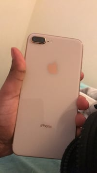 iPhone 8 Plus gold rose Winnipeg, R3B 2W7