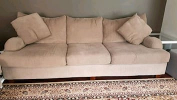 GUC sofa and couch