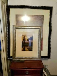 Very nice frames w artwork. 4 sizes available