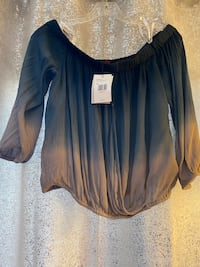 Guess Off-the-shoulder Blouse Size Large Ombré New with Tag Chicago, 60707