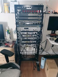 Selling Cisco CCNA-CCNP-CCIE Mega home lab with 28U rack Saint-Amable