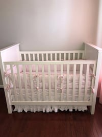 Baby crib with mattress filmore convertible by Pottery Barn  Chantilly, 20152