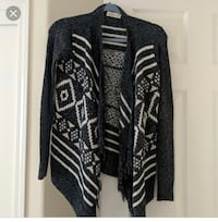 EXCELLENT CONDITION Hollister Cardigan