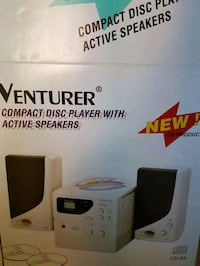 Venturer compact disc player with active speaker box