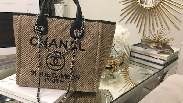 3fc708cdec Used Luxury Chanel bag 2018 for sale in Calgary - letgo