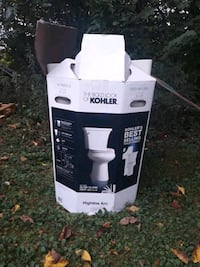 kohler toilet still new just needs a house to go in Indianapolis, 46241