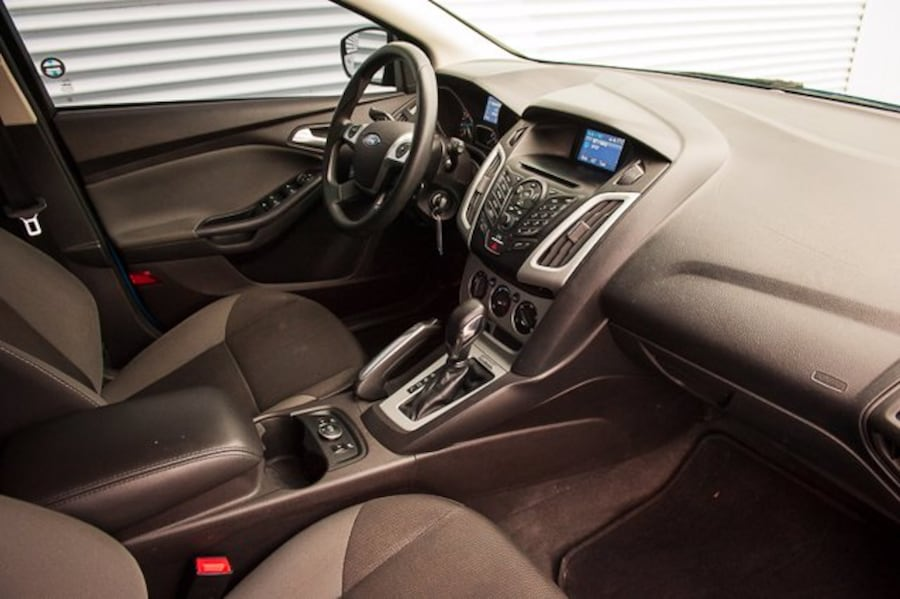 2013 Ford Focus SE / WINTER PKG / HEATED SEATS / CLOTH 64bb3836-519c-4577-9346-96973dcfbe18