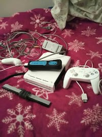 Nintendo Wii with controllers Price, 84501