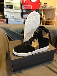 Authentic Westbrook 9.5 mens Oakland, 94606