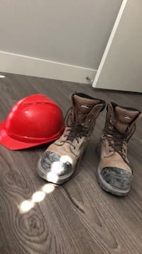 Steel toe boots and helmet Vancouver, V5R 3G4