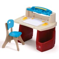 Little tikes desk (step 2) Coquitlam, V3E 3B3