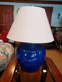 Royal Blue Round Lamp Red Lion, 17356