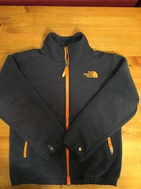 The North Face Boys Jacket Size S 7/8 (very beautiful)