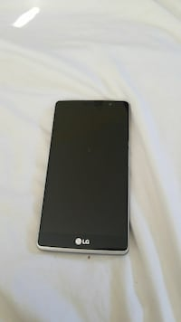black and gray LG Android smartphone