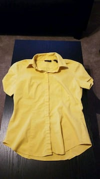 yellow button-up shirt Wilmington, 28403