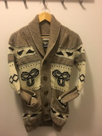 TNA Wool Sweater from Aritizia Sizes XS & S available Toronto, M2N 7C2