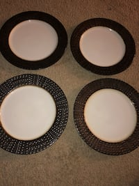 Dinner plates set of four  Germantown, 20874