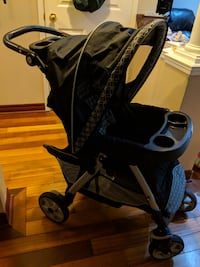 Graco Click Connect Travel System - Stroller, Car Seat & Base Brampton