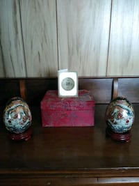 Painted Porcelain Dragon Eggs (rare) Mount Joy, 17552