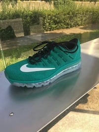 Chaussures Flyknit Air Max  Aix-en-Provence, 13540