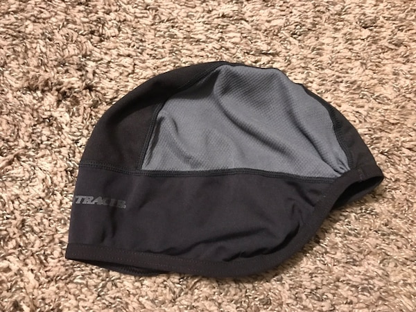c1a7e9f12a989 Used Bontrager bicycling cycling sport skull cap - winter worthy ...