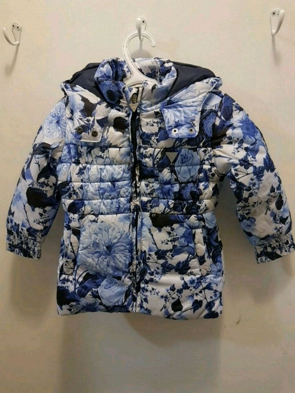 GUESS jacket size 2T