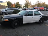Ford - Crown Victoria - 2010 North Vancouver, V7P 3N6