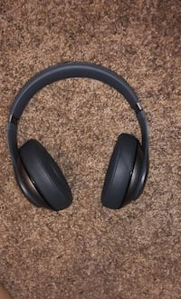 BeatsStudio Wireless Headphones Sioux Falls, 57106