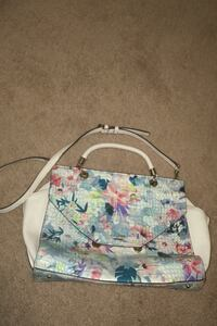 Guess ladies bag lovely