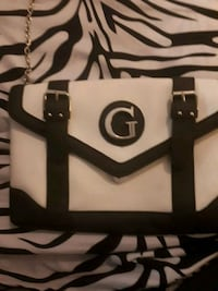 white and black leather tote bag Coquitlam, V3J 6T3