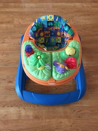 Negotiable Baby's blue and green walker Chicago, 60660