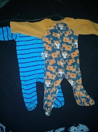 toddler's two assorted footies Fairfield, 94534