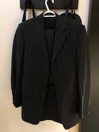 Men's suit made in Italy jacket 40, pants 34