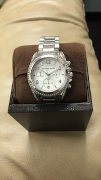 Round silver-colored chronograph watch with link bracelet Vaughan, L4K