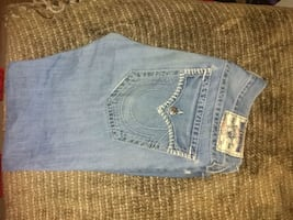 fairly new true religion jeans size 34