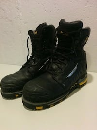 pair of black leather work boots 710 km