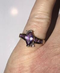 Ladies 10k gold birthstone ring with sapphires sz.7  Sharonville, 45246