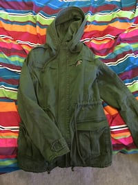 Green hollister hoodie jacket size small