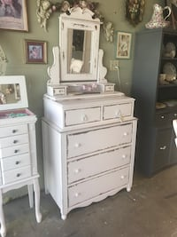 Beautiful Refurbished Shabby Chic Dresser with Mirror Arroyo Grande, 93420