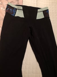lululemon Reversible Black Leggings (Size 8) Surrey, V3S 1S5