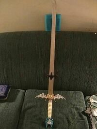 white handle silver fantasy sword Edmonton, T5B 3B1
